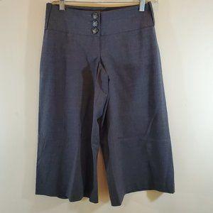 bebe Ruby Fit Sexy Modern Gaucho Capri Pants